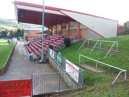 Newtown FC Latham Park (13)