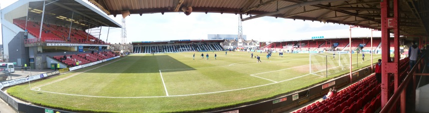 Grimsby Town (12)