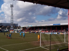 Grimsby Town (19)