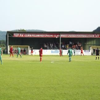 Llanrwst United (12)